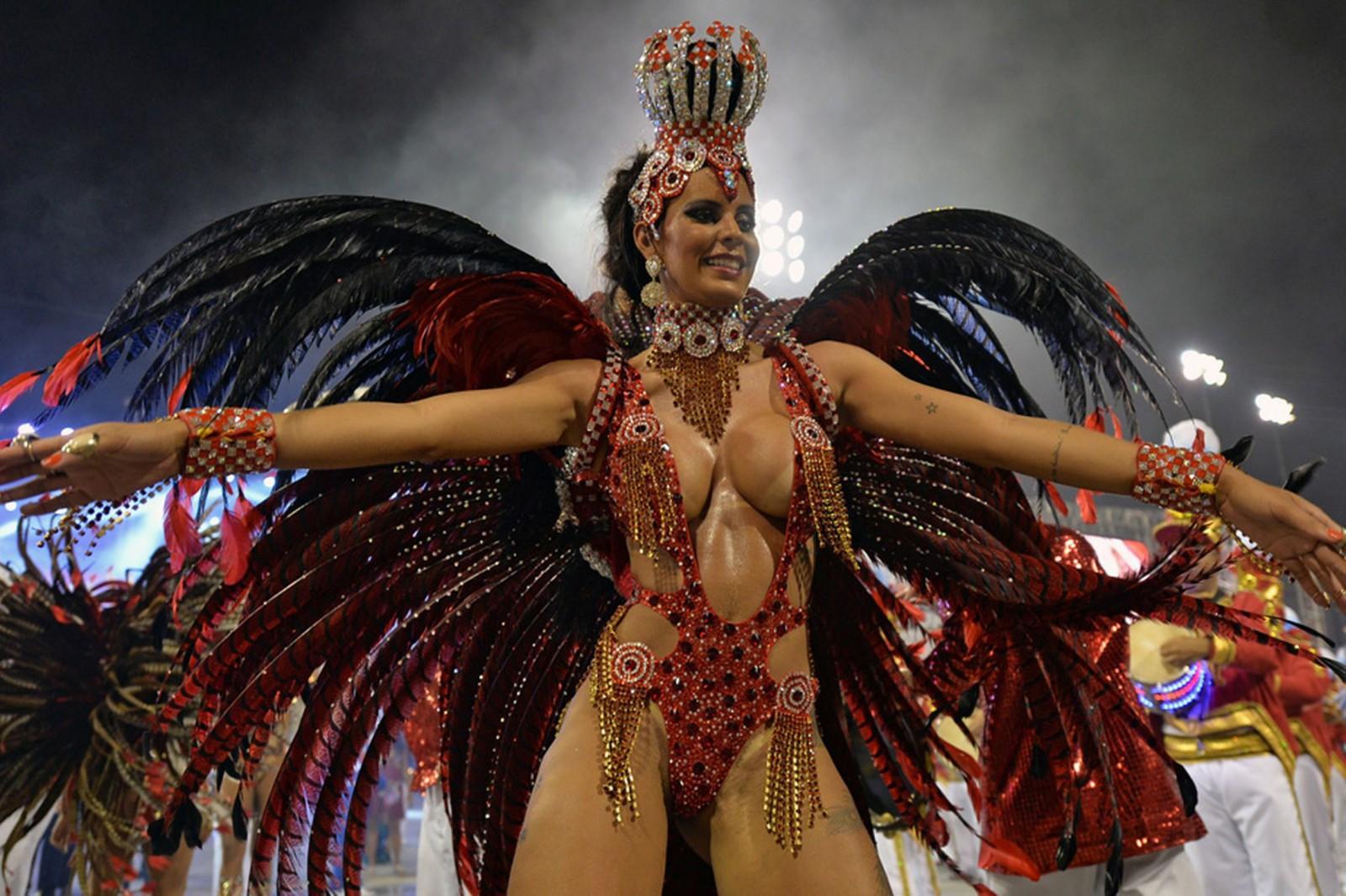 Смотреть бразильский порно карнавал